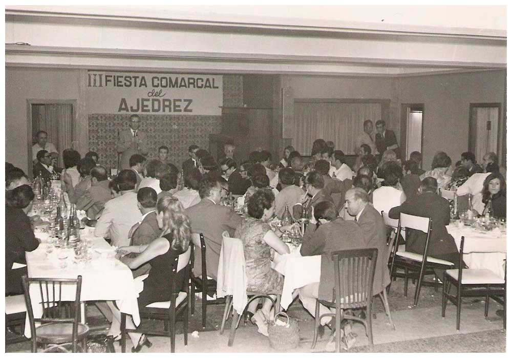 1971 – Dinar amb motiu de la Festa Comarcal dels Escacs