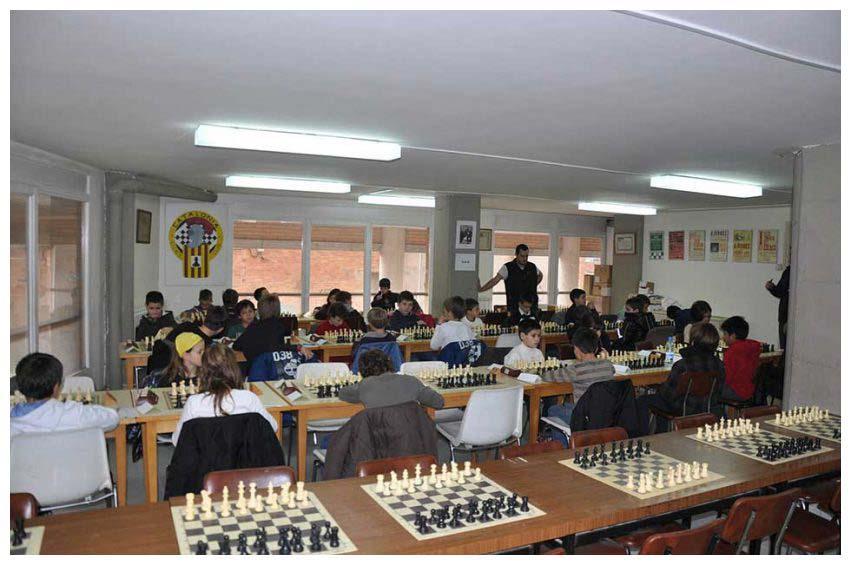 Local de club. Escolars 2012